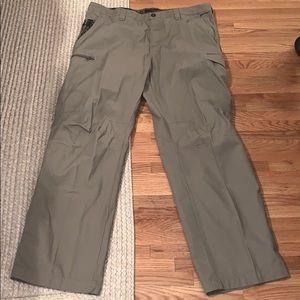 Men's Columbia pants 38x32